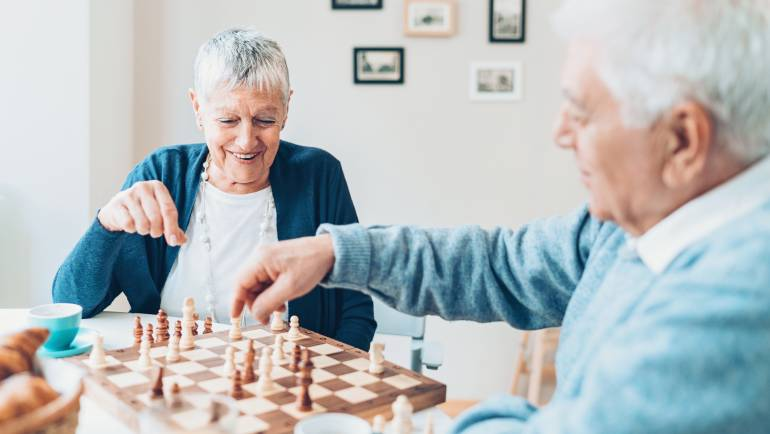 5 Games to Keep Seniors' Minds Engaged