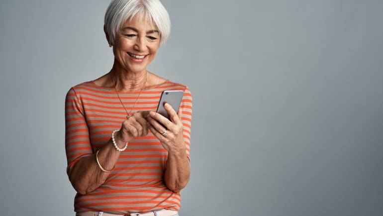 5 Apps that can Help Seniors Live Healthier Lives